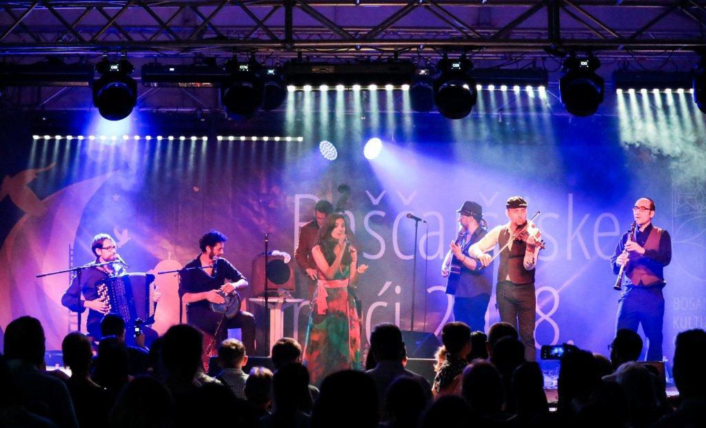 """""""Barcelona Gipsy Balkan Orchestra"""" nastup"""
